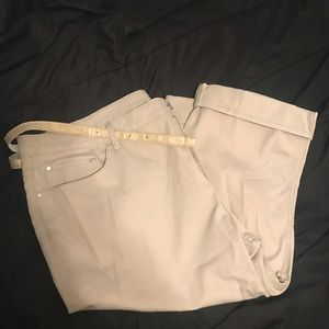 NWT Lee riders capris size 22